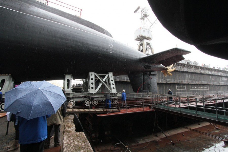 Фотографии спуска подводной лодки Ростов-на-Дону 109