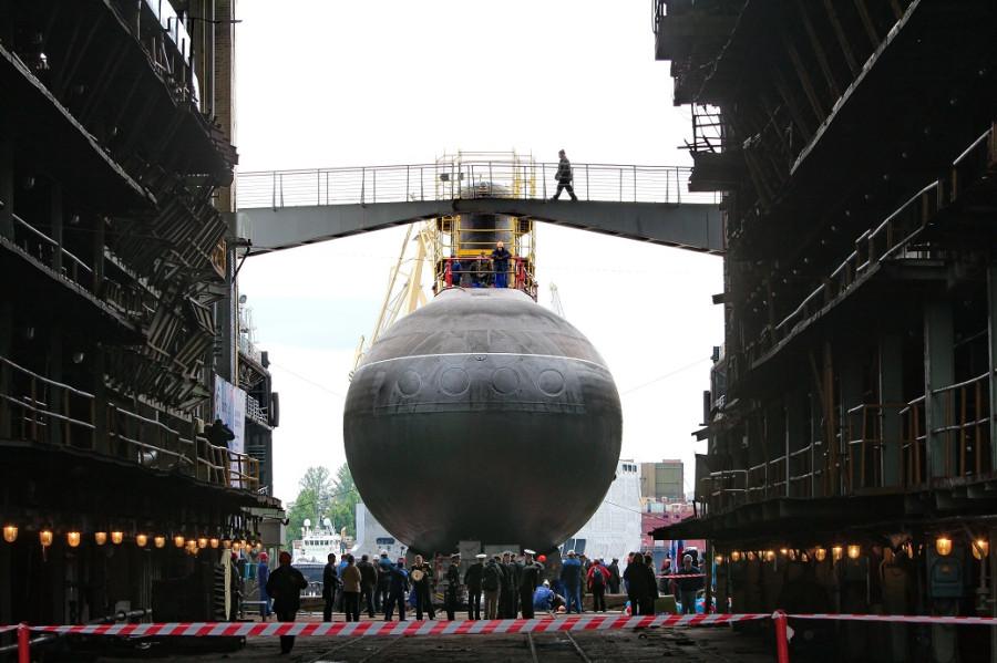 Фотографии спуска подводной лодки Ростов-на-Дону 115