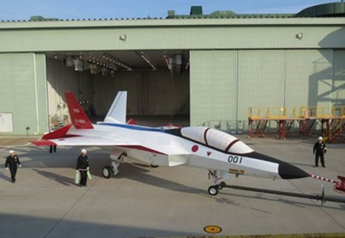 ATD-X-first-prototype-side