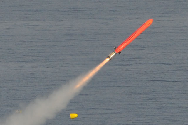 MBDA_NCM_MdCN_naval_cruise_missile_launch_sub
