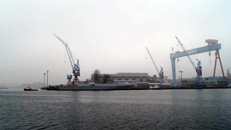 marineschiff120_v-vierspaltig