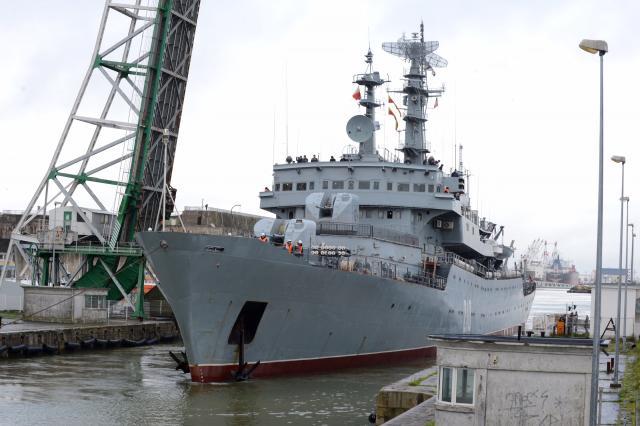 les-marins-russes-et-le-smolniy-ont-quitte-saint-nazaire_1