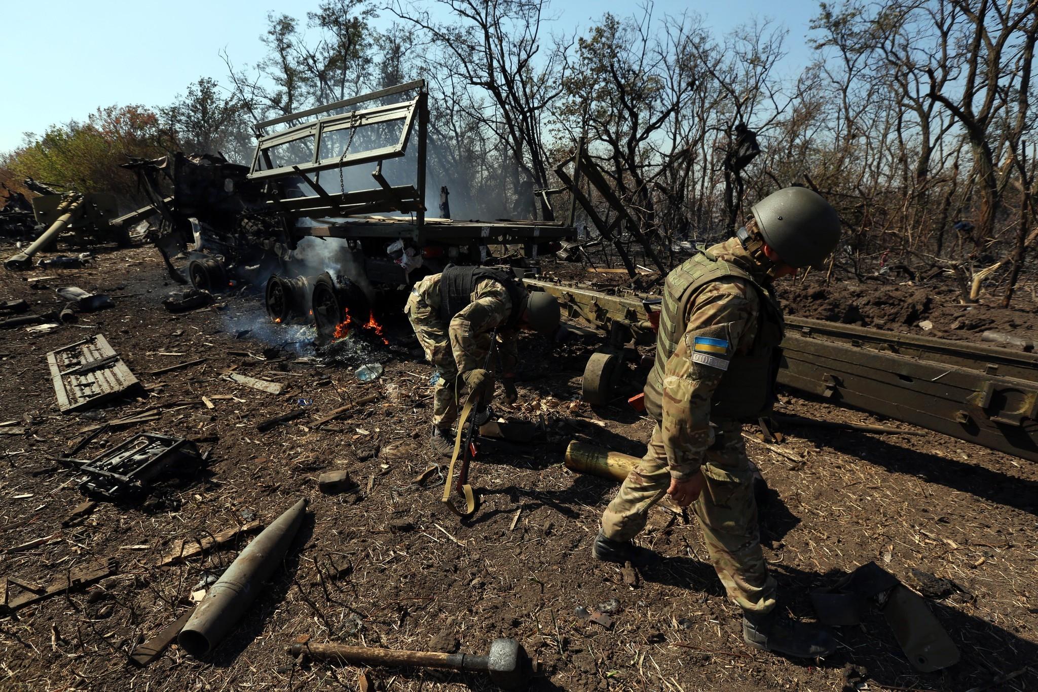 la-fg-ukrainia-mariupol-fighting-20140905