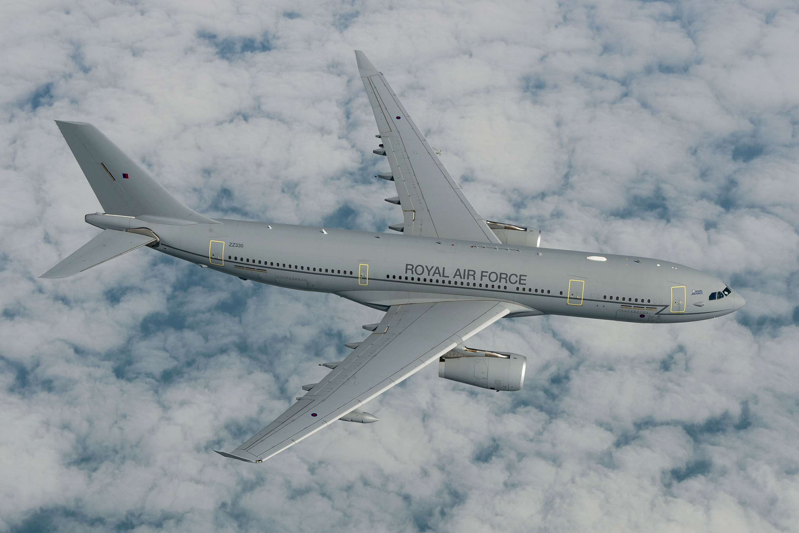 RAF_Airtanker_Airbus_A330_top