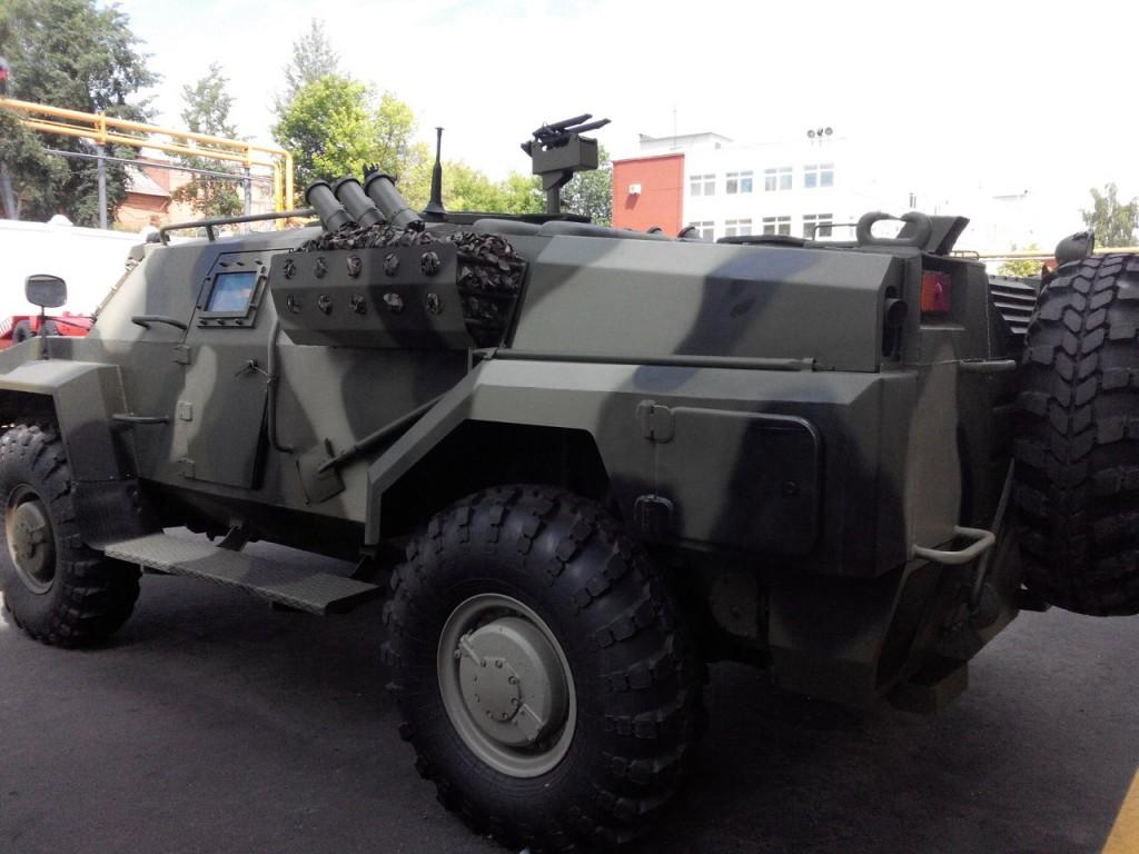 Белорусский вариант кардинальной модернизации БРДМ-2 o0XaDYmkpPs-1024x768