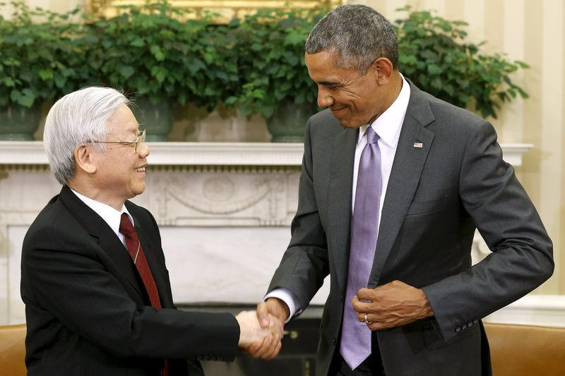 obama-and-phu-trong-vietnam-talks-oval-office-washington-reuters-080715