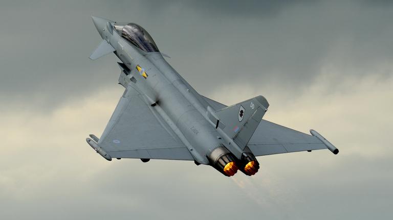 Typhoon-DD-RIAT-2009-JOW-1S
