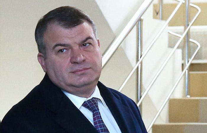 К годовщине назначения Анатолия Сердюкова министром обороны России