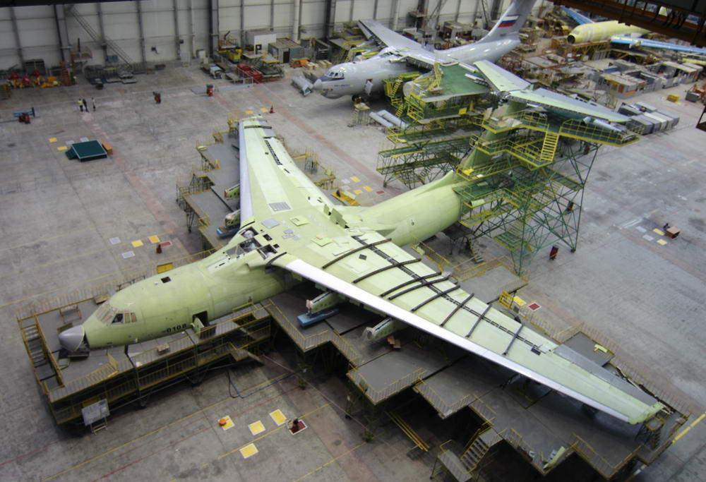 Avión de carga y transporte militar Ilyushin IL-76MD-90A (IL-476) 2566138_1000
