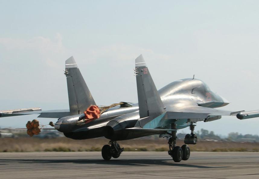 """Наземные службы базы """"Хмеймим"""" потеряли связь с двумя самолетами в сирийском небе - турецкие СМИ"""