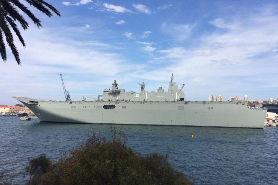 Ввод в строй второго австралийского универсального десантного корабля