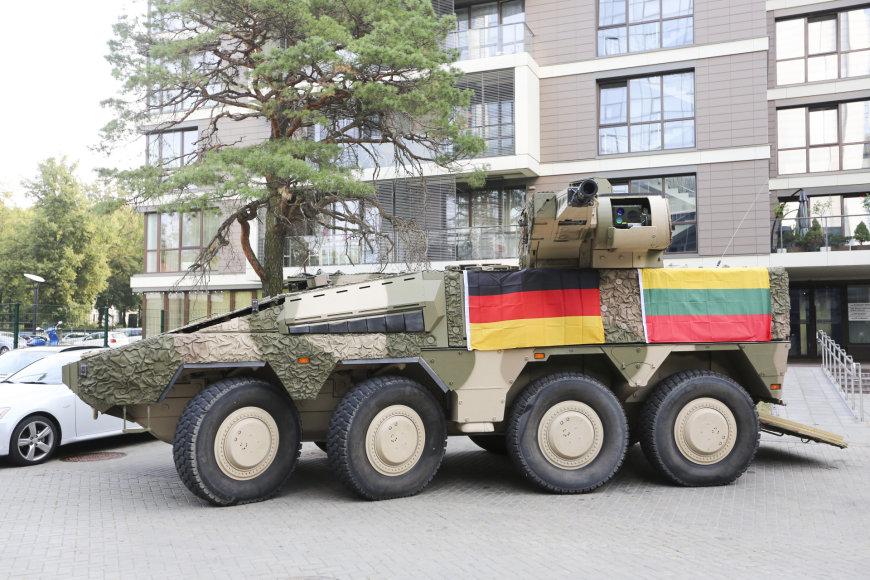 Продолжение литовской истории с бронетранспортерами Boxer