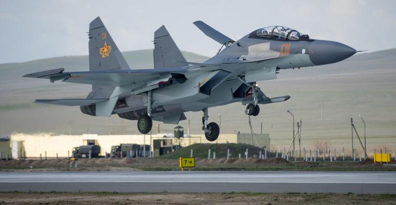 Казахстан приобретет еще семь истребителей Су-30СМ