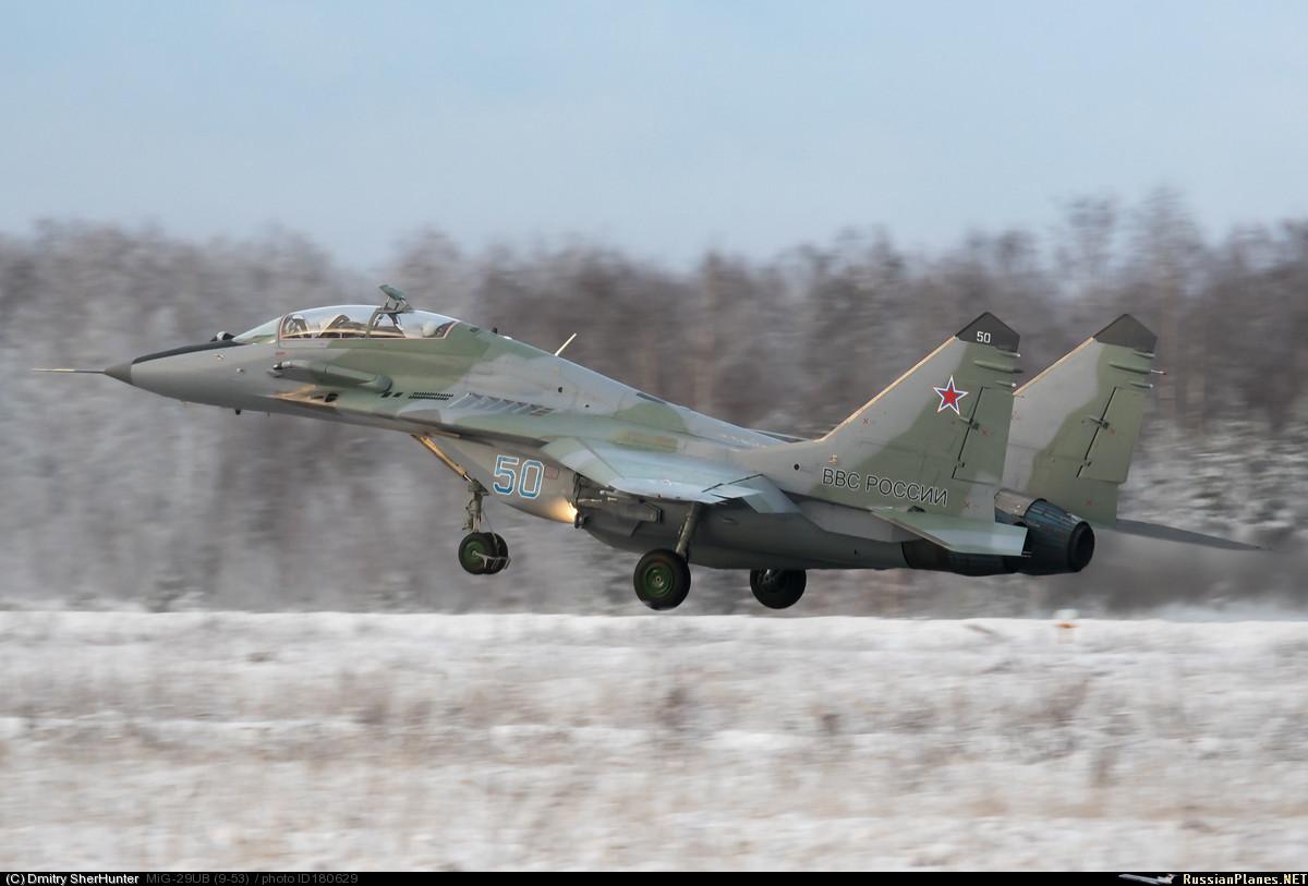 Новые МиГ-29УБ(Р) и МиГ-29СМТ(Р) для ВКС России 180629