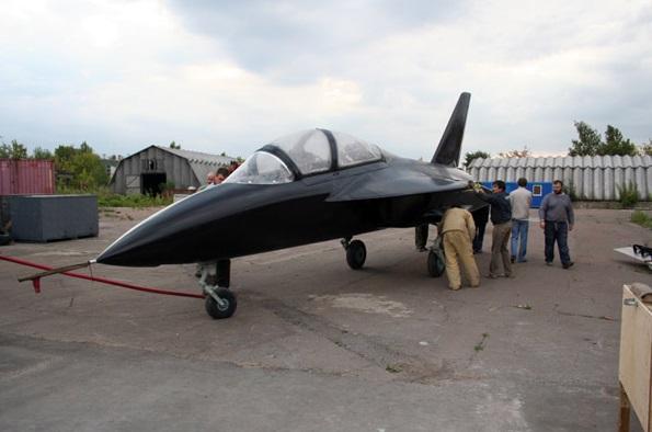 SR-10 jet trainer 2705816_original
