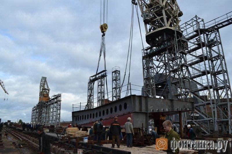 """Започна строителството на руския ДВКД """"Владивосток"""""""