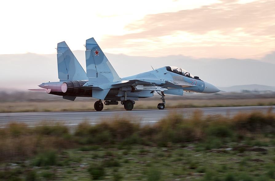 Иран ведет переговоры о производстве истребителей Су-30