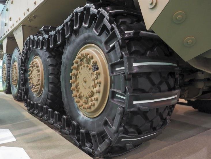 Дополнительная гусеница для бронетранспортера Terrex