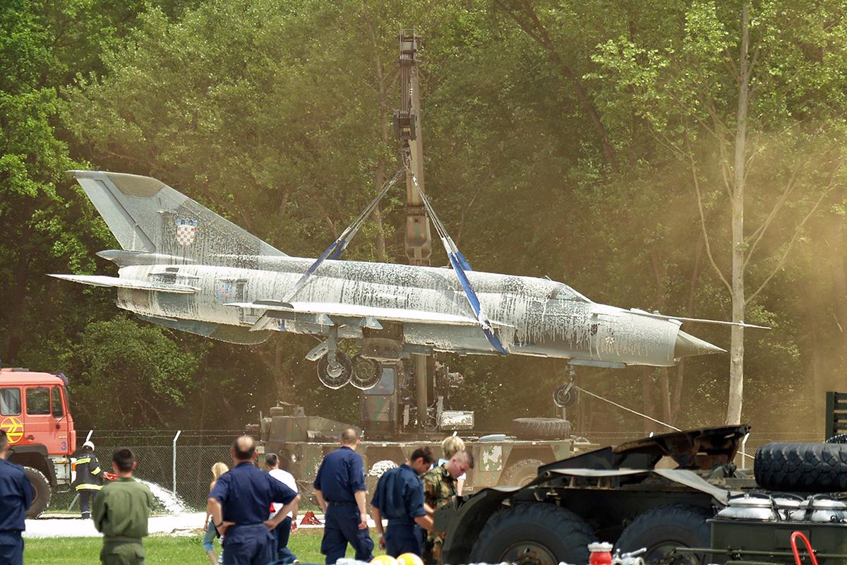 MiG21_HRZ_107_070512B