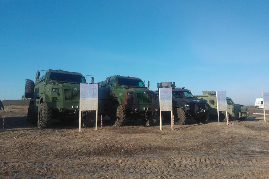 Сравнительные испытания новых образцов бронетехники на Украине