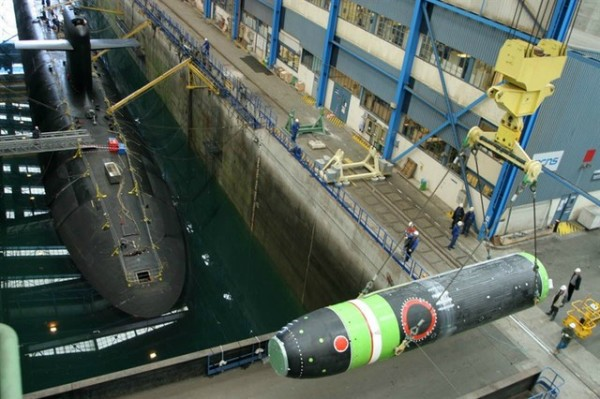 M51-French-Submarine-Nuclear-Missile-e1455373844402