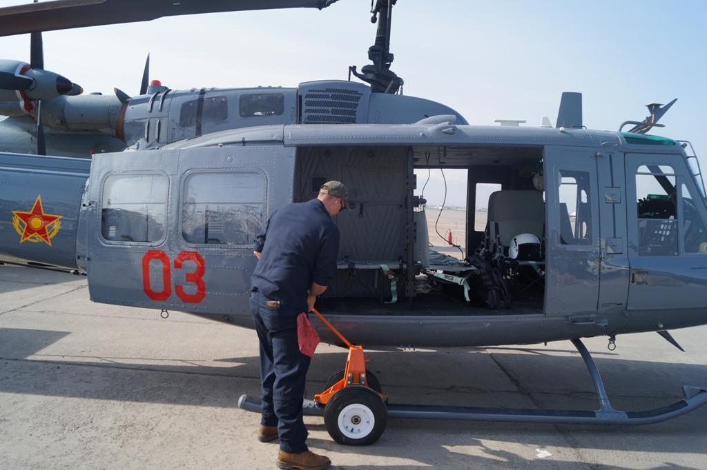 Казахстан получил еще один вертолет UH-1H