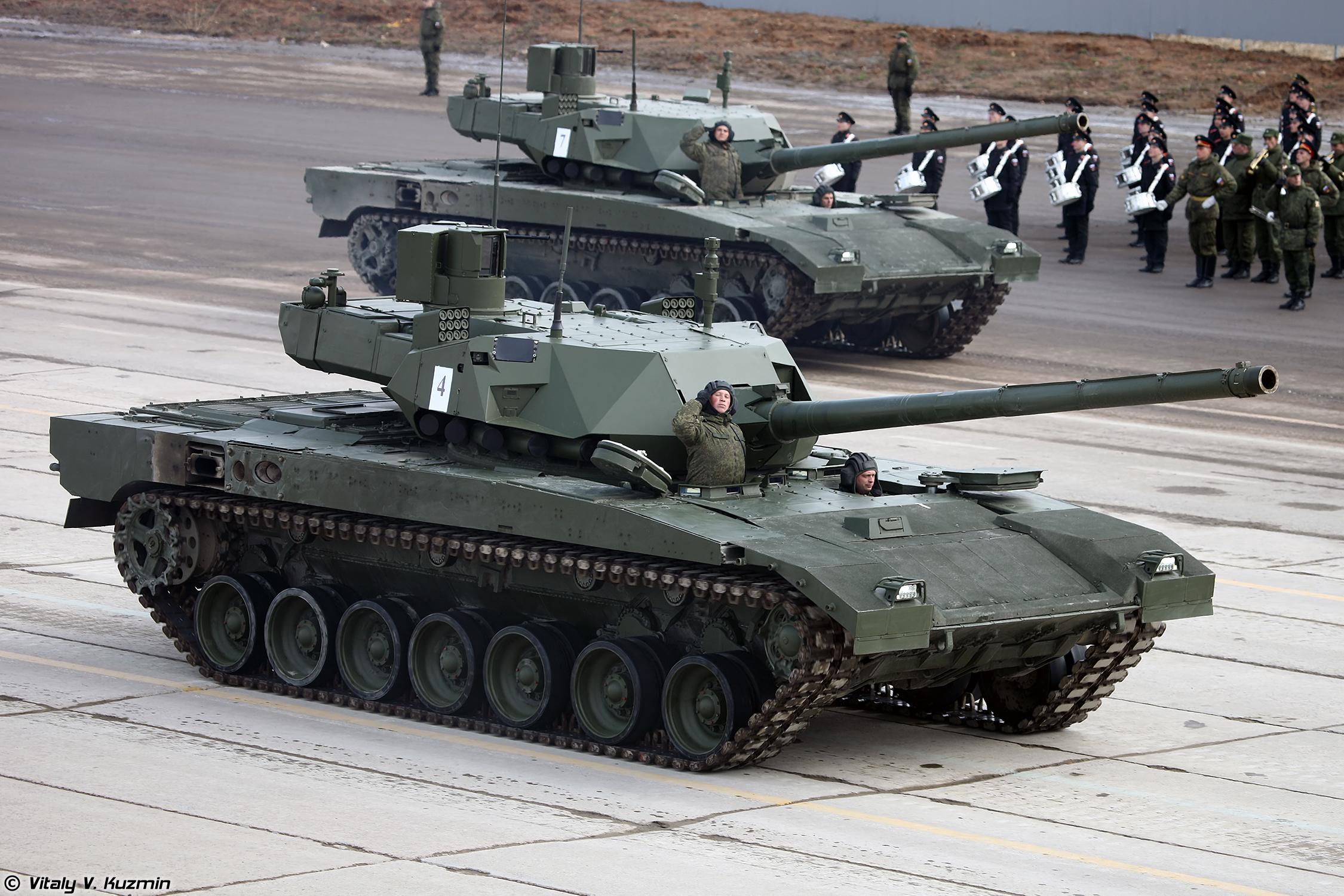 """Министерством обороны России заключен контракт на закупку 100 танков на платформе """"Армата"""""""