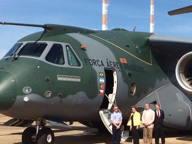 Программа создания военно-транспортного самолета КС-390 буксует из-за нехватки средств