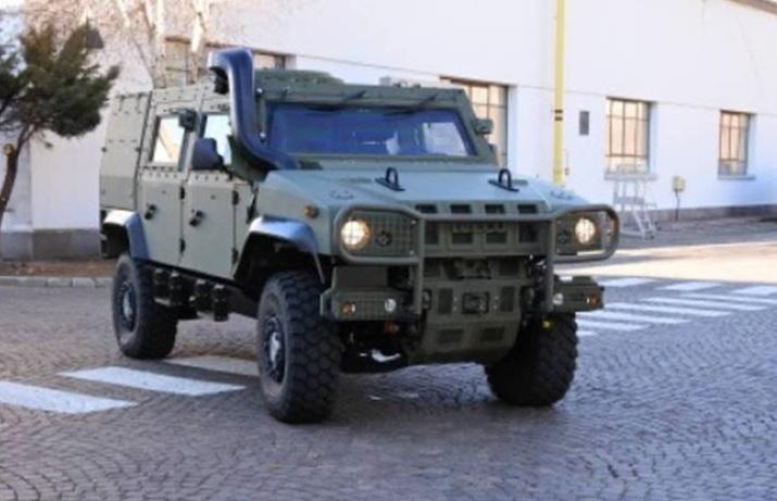 Бронированная машина Iveco LMV 2