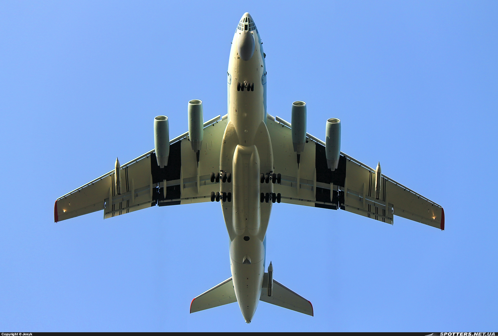 Скандальные обстоятельства продажи самолетов Ил-78 с Украины в Китай
