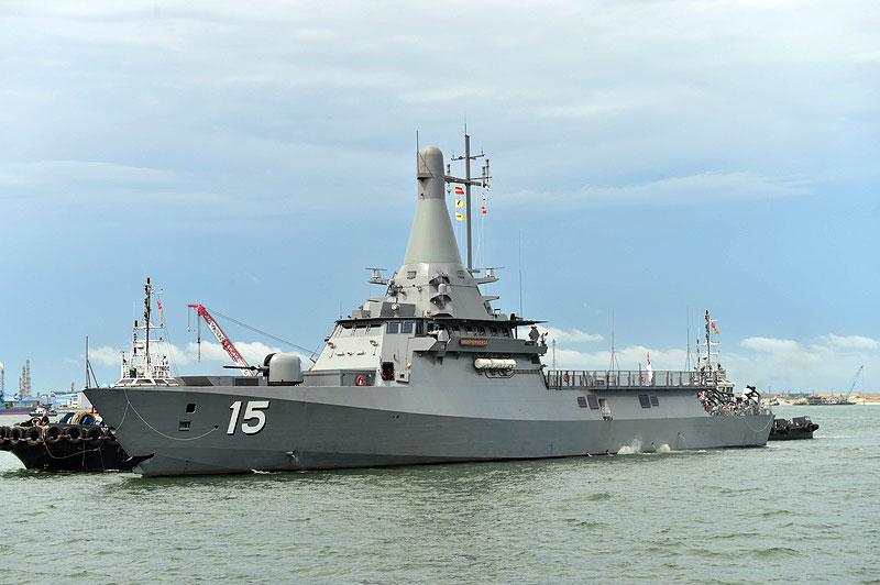 Ввод в строй головного сингапурского патрульного корабля типа LMV