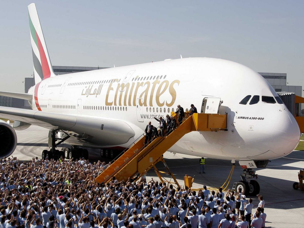 emirates-airlines-airbus-a380-5