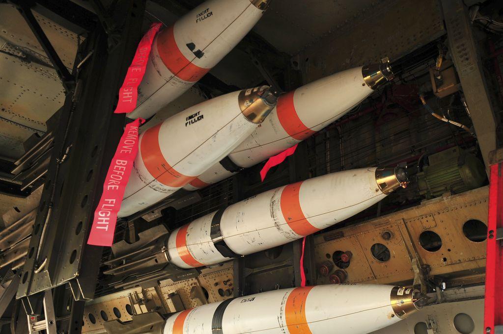 Inert-mines-in-B-52
