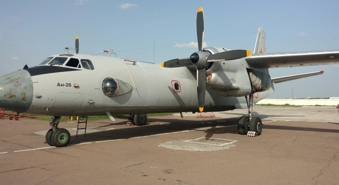 фото самолета ан-26