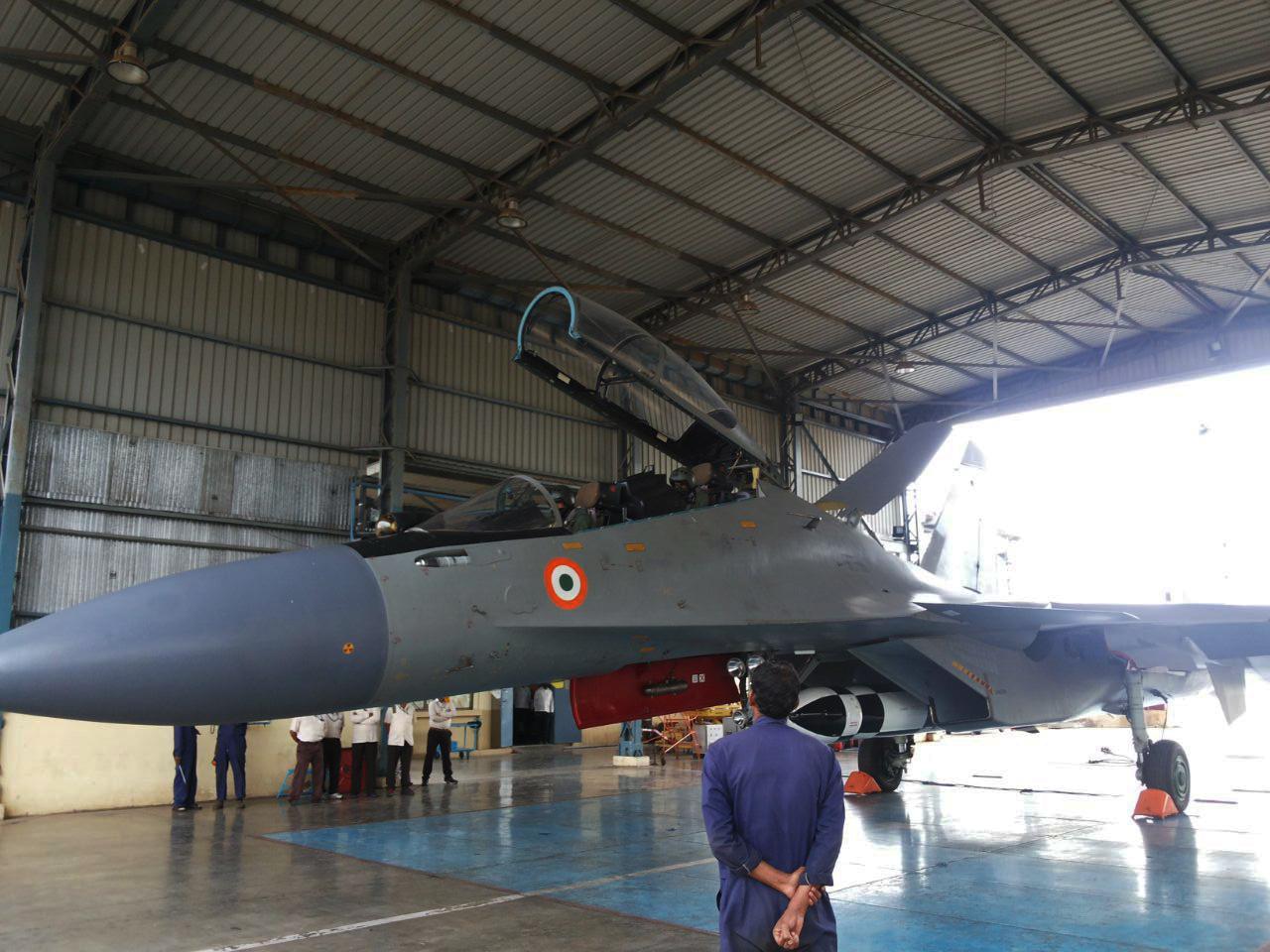 Демонстрационный полет индийского Су-30МКИ с авиационным вариантом ракеты BrahMos