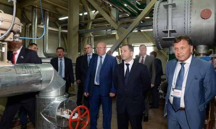 Производство серной кислоты на Заводе имени Свердлова в Дзержинске
