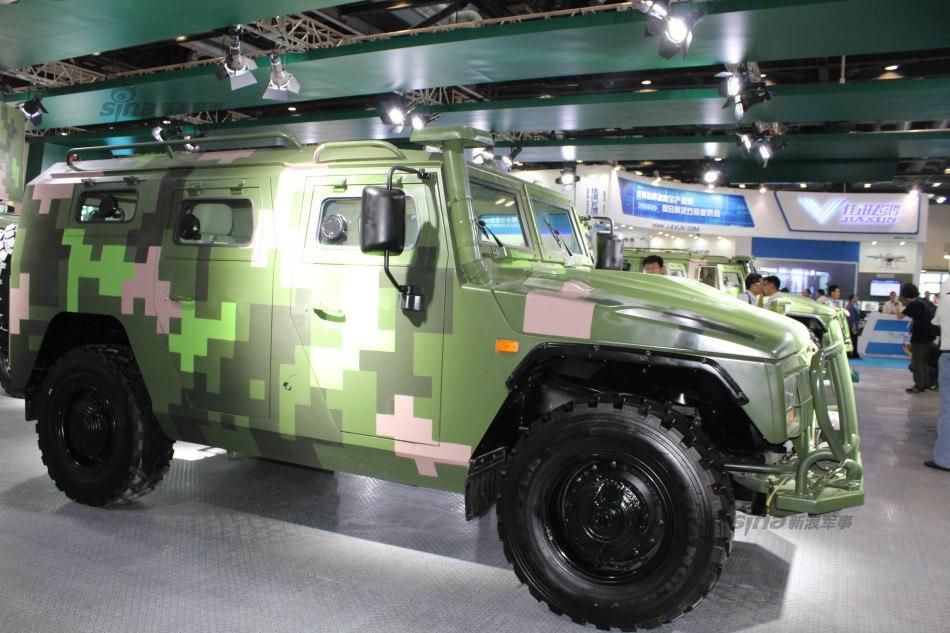 """Китайский лицензионный бронеавтомобиль """"Тигр"""""""
