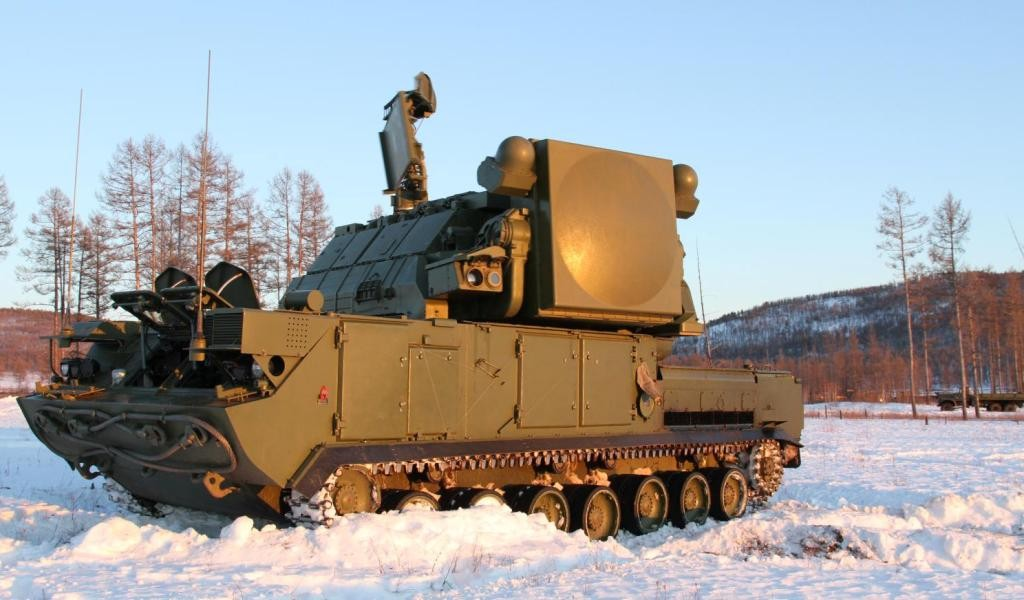 """Поставки в войска зенитных ракетных систем """"Тор-М2У"""""""