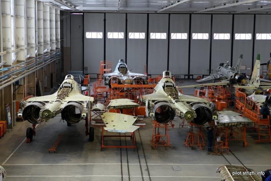 الدفعه الاولى من مقاتلات SU-30K في الطريق الى انغولا 364970_original