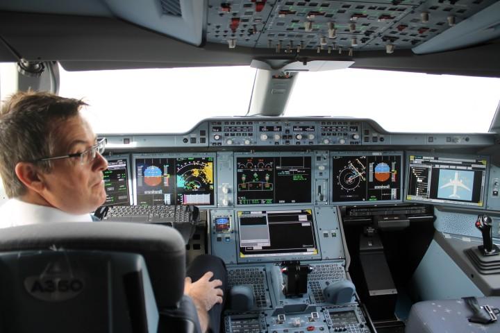 Finnair-Airbus-A350-in-Helsinki-16-720x480