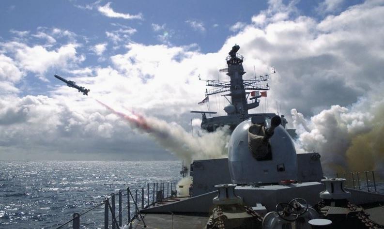 ВМС Великобритании снимут с вооружения противокорабельные ракеты Harpoon к концу 2018 года