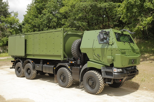The company Renault Trucks Defense a lot of applicants