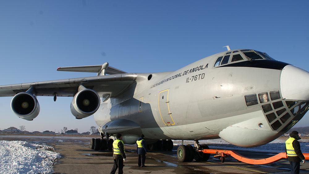 Ремонт ангольского военно-транспортного самолета Ил-76ТД в Белой Церкви