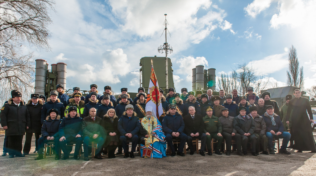 В Феодосии заступили на боевое дежурство комплексы ПВО С-400