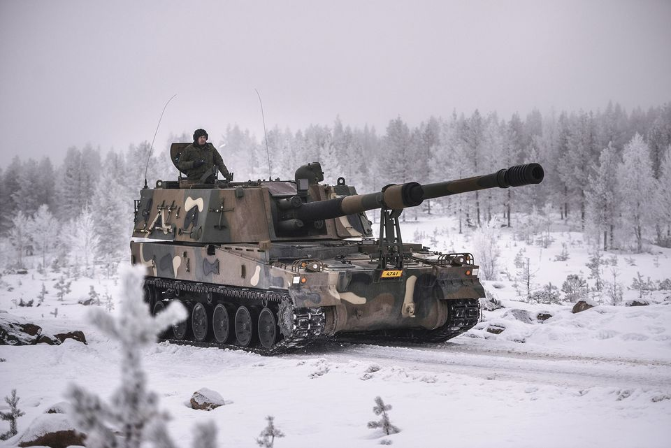 Министерство обороны Финляндия заключило контракт на закупку южнокорейских самоходных гаубиц К9