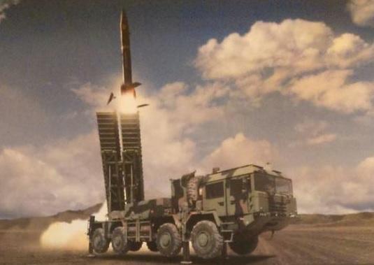 Турецкий ракетный комплекс KHAN