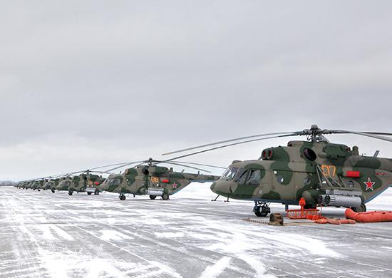 16 новых вертолетов Ми-8МТВ-5 поступили на 48-ю авиабазу в Каменск-Уральский