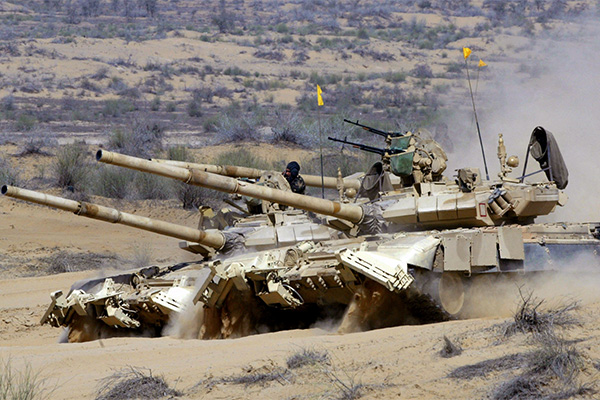 Недостаток ресурсов при избытке амбиций: что не так с индийской системой закупок оружия