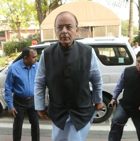 Арун Джейтли назначен новым министром обороны Индии