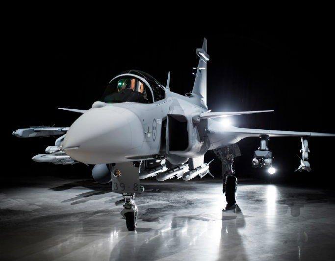 Первый полет истребителя Saab JAS-39Е Gripen NG состоится до конца второго квартала 2017 года